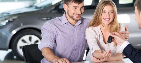 Achat de voiture : opter pour le mandataire plutôt que le concessionnaire